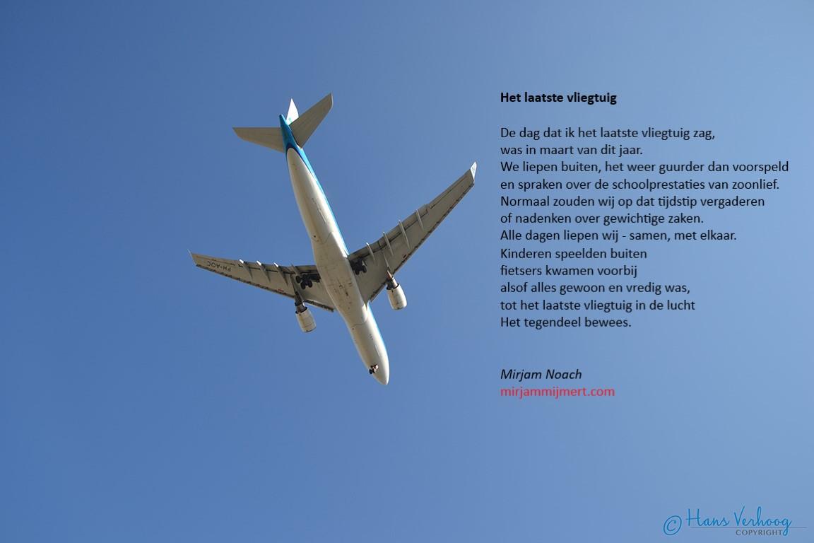20-03 Het laatste vliegtuig Vliegtuig - tekst + foto HV